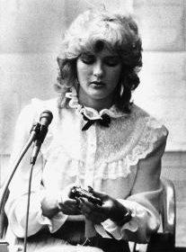 Laurie Bembenek (1982)