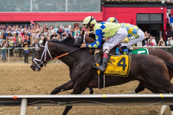 Always Dreaming and Classic Empire battle for the lead at the 2017 Preakness. (Michael Jordan)