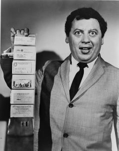 Credit card: Marty Allen with a wallet full of credit cards
