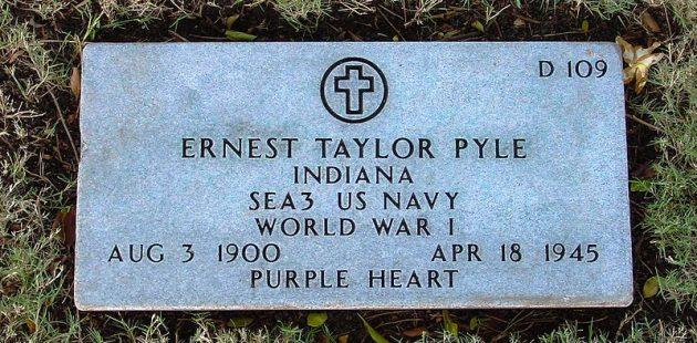 Ernie Pyle gravesite in Hawaii credit Cumulus Cloud Wikipedia Commons