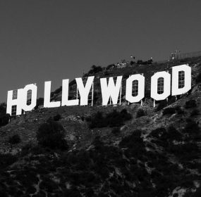 Hollywood Haunted: Image by StockSnap from Pixabay