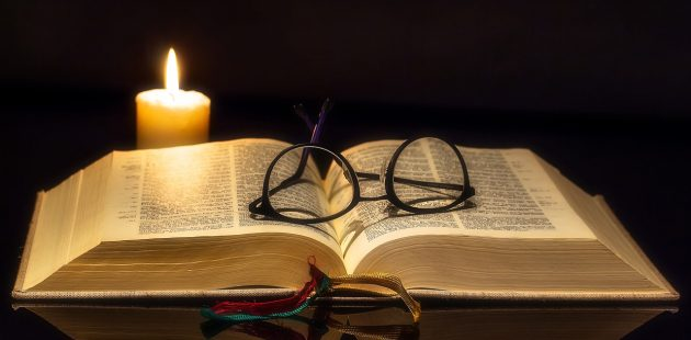 Bible, book, glasses, eyes: Image by Myriam Zilles from Pixabay