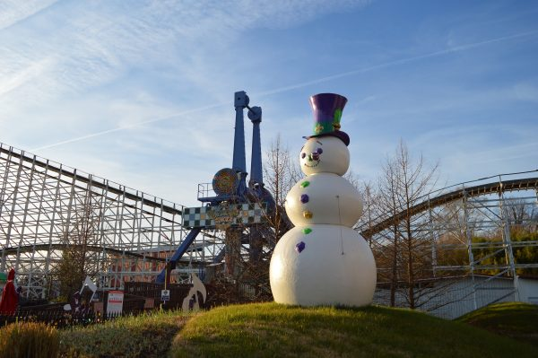 Frosty at Six Flags Holiday in the Park. (credit Anthony C. Hayes/BPE)