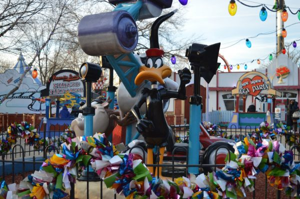 Daffy Duck at Six Flags Holiday in the Park. (credit Anthony C. Hayes/BPE)