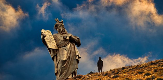 religion and politics: Image by Enlightening Images from Pixabay