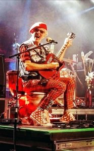 The Damned: Captain Sensible (credit Andrea Beck)