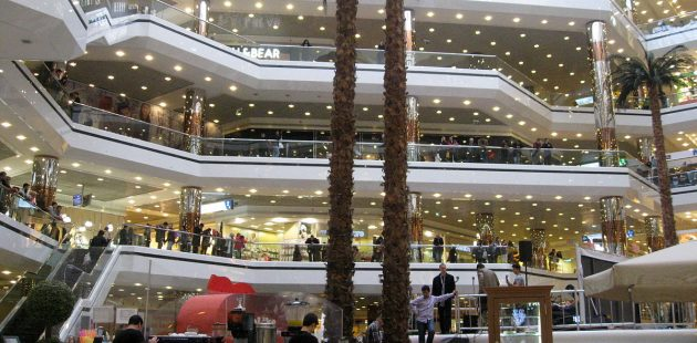 Cevahir Shopping Mall credit Maurice07. In the US, people fill shopping malls on Black Friday looking for deep discounts.