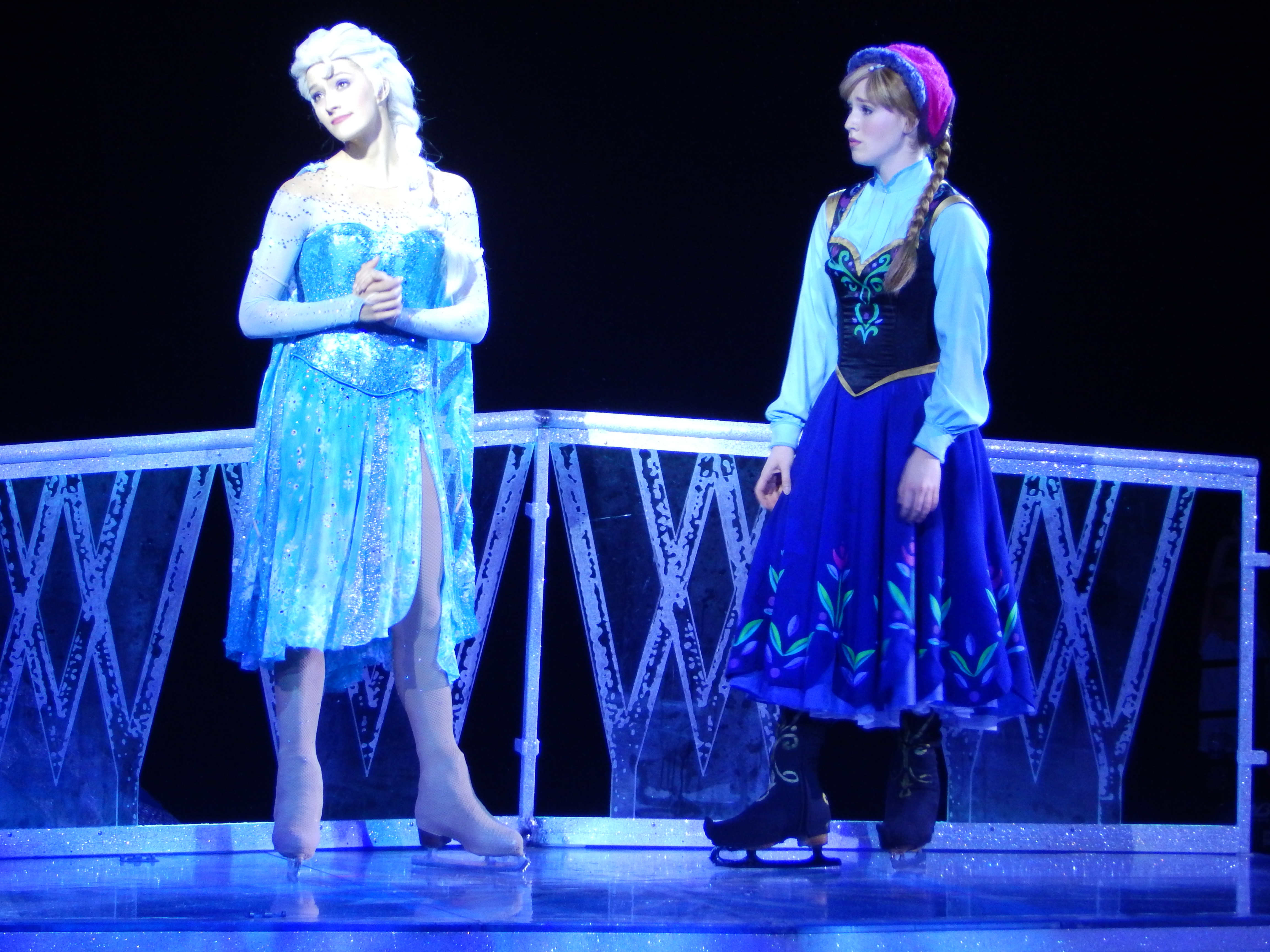 Disney S Frozen On Ice Puts On Really Cool Show At Royal