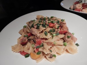 You won't be disappointed with the Smoked Chicken & Mushroom Pasta at Gordon Biersch. (Jon Gallo)