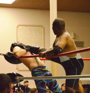Desert Storm gets a painful leg up on J.T. Moore. (Anthony C. Hayes)