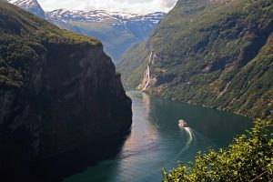 Travel the fjords