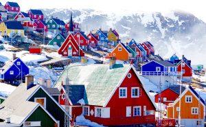 Flotte Upernavik, photo by Harald and Yvany Schmidt for Hurtigruten