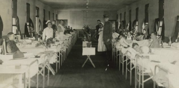 Doctors and nurses tend to injured doughboys at U.S. Army General Hospital No. 2 at Ft. McHenry in Baltimore, Maryland.