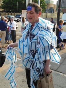 Pro-Israel protester Ilya Elashvili.  (Anthony C. Hayes)