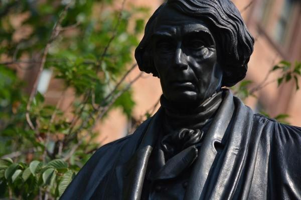 Monument Rebecca Smith 4