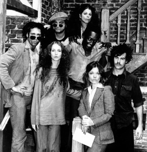The original cast of SNL, 1975 (Public domain)