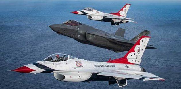 The USAF Thunderbirds will headine the 2018 Ocean City Maryland Air Show