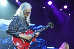 Yes guitarist Steve Howe (All photos by Chris Swanson)