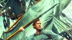 Chris Hemsworth proves he can play more than Thor as he stars as a whale hunter in In the Heart of the Sea. (Warner Bros.)